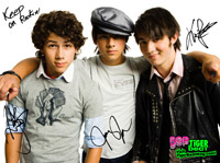 Jonas Brothers: Fotos, Músicas, Videos, Clipes, Letras e Traduções de Camp Rock