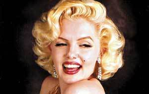 Marilyn Monroe Faz Oral em Vídeo Pornô