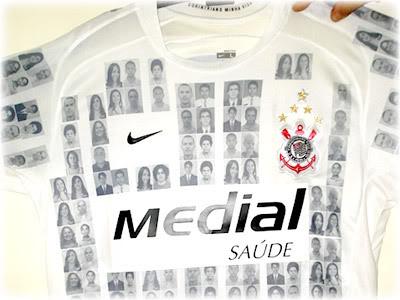 Corinthians: Fotos na Camisa e 4 Milhões de Reais
