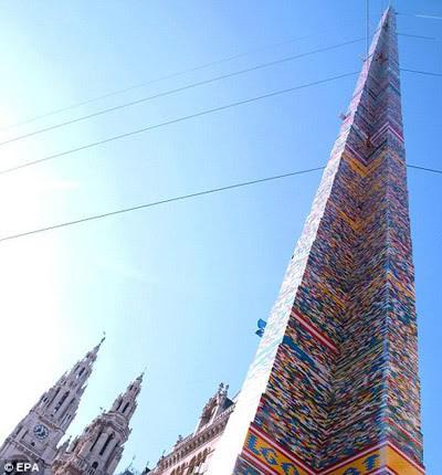 A maior torre de Lego do Mundo