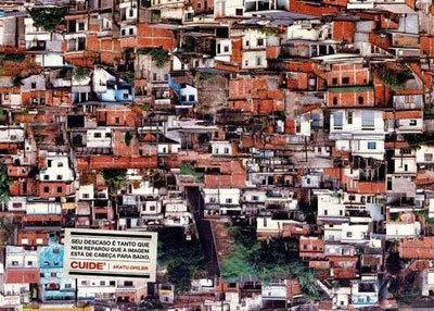 Propaganda - Favela