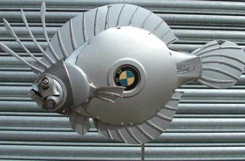 arte calota 2 Fotos: Esculturas De Calotas de Carros