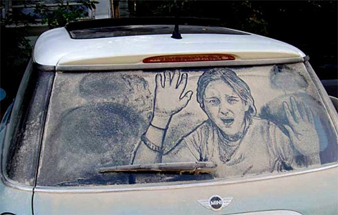 art dust 6 Arte na Poeira das Janelas dos Carros