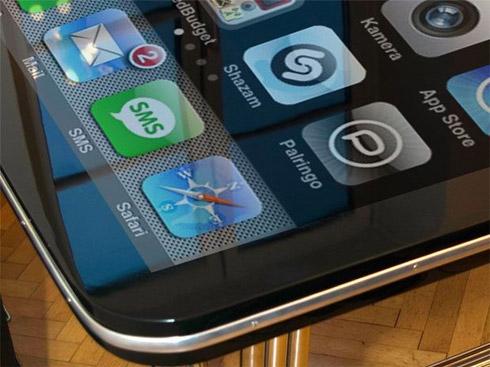 Montagem: iPhone-Mesa de 58 Polegadas