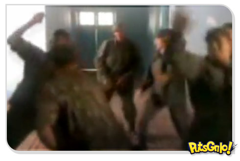 Hino Nacional versão funk dançado por soldados