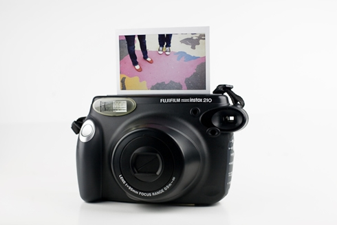 câmera instantânea fuji instax 210