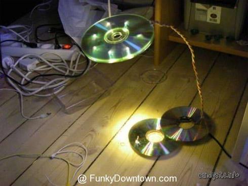 Objetos feitos com CDs reciclados