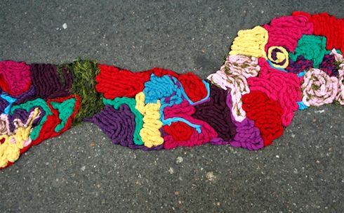 guerrilla knitting Juliana Santa Cruz Herrera
