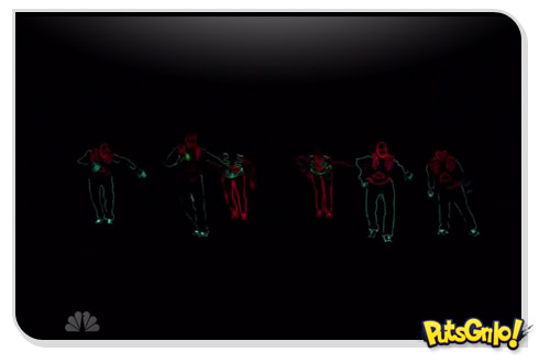 Dança com roupas de neon