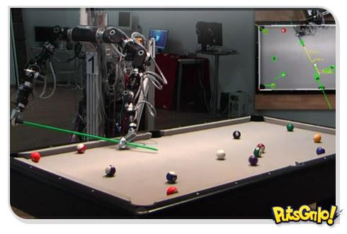 Sinuca jogada por robô
