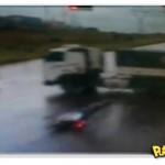 Ninja fugindo de moto