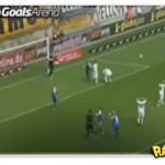 Jogador de futebol perna-de-pau perde 2 gols seguidos
