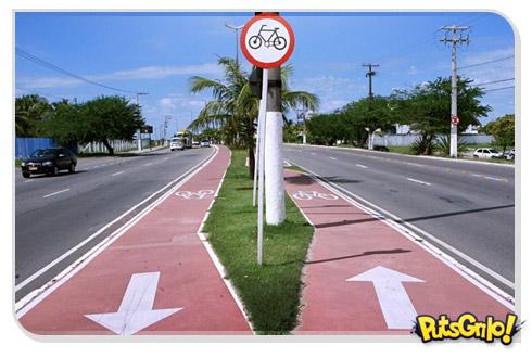 Bicicletas, ônibus e carros: Cadê o respeito?