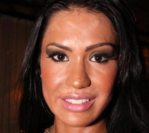 gracyane barbosa Famosas Maquiagem Fail: Saiba como trollar o próprio rosto