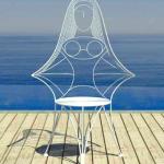 cadeira formato mulher