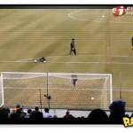 Messi faz dois gols ao mesmo tempo